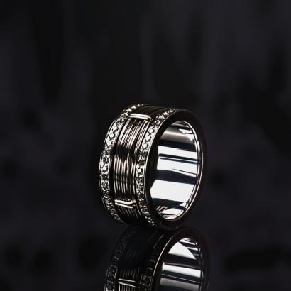 Ring270